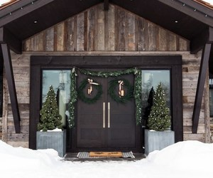 holiday decor, home tour, and mountain home tour image