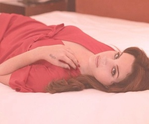 lana del rey, aesthetic, and red image