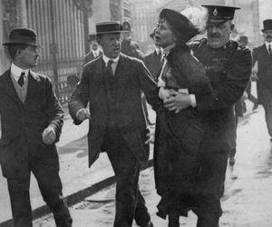 arrest, britain, and Buckingham palace image