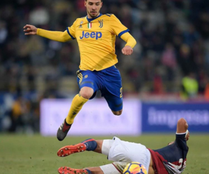 Juventus, serie a, and win image