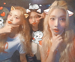jinsoul, loona, and choerry image