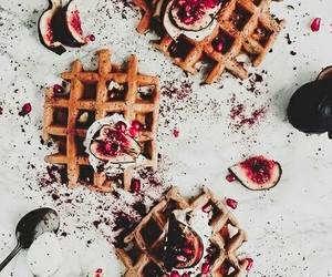 delicious, food, and waffles image