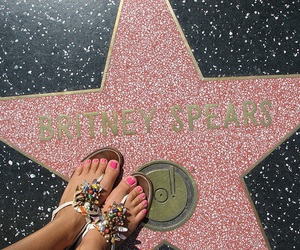 britney spears, lol, and toenails image