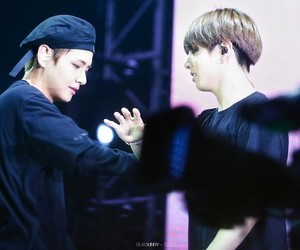 bts, taehyung, and vkook image
