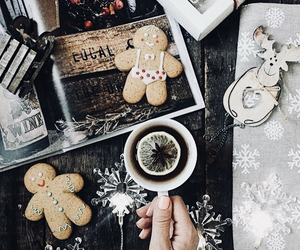 gingerbread, holiday, and tea image