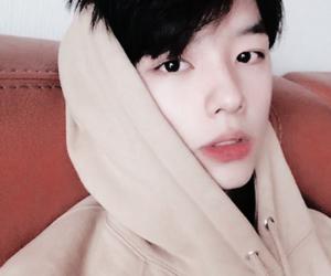 boy, ulzzang, and korean boy image