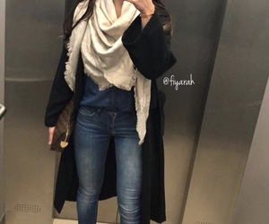 luxe, louis vuitton bag, and selfie image