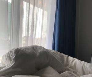 bed, wallpaper, and lockscreen image