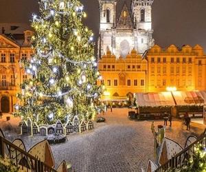 christmas, city, and love image