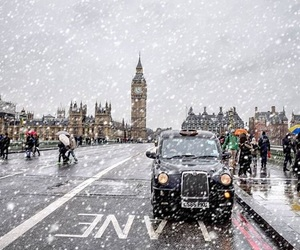 london, snow, and travel image