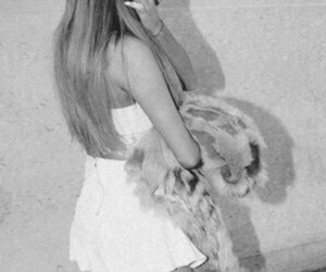 ariana grande, wallpaper, and lockscreen image