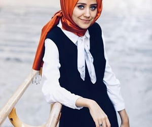 girls, hijab, and hijabista image