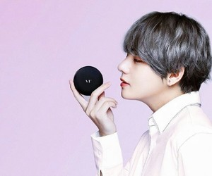 bts and kim taehyung image