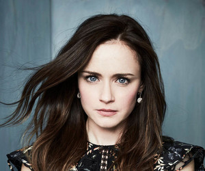 actress, photoshoot, and alexis bledel image