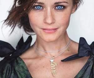alexis bledel and blue eyes image