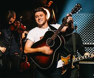 guitar, niall horan, and flicker sessions image
