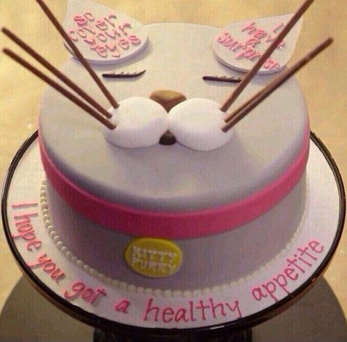 Wondrous Katy Perry Birthday Cake Uploaded By Catherinej22 Personalised Birthday Cards Veneteletsinfo