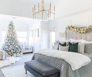 christmas, bedroom, and christmas tree image