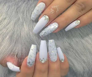 beautiful, glitter, and nail image