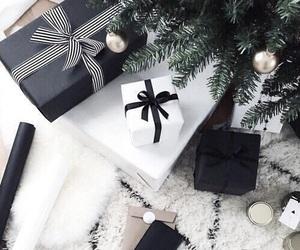 aesthetic, black, and christmas image