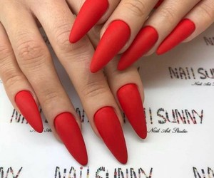 nail and red image