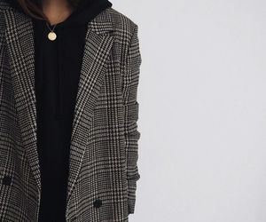 classy, trench coat, and ️houndstooth image