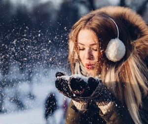 girls, cold, and fashion image