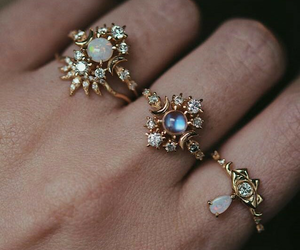 ring and rings image