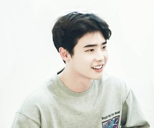 korean actor and lee jong suk image