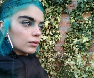 aesthetic, alien, and hair image