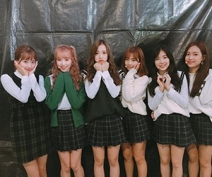 april, underrated, and chaewon image