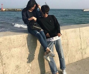 couple, ulzzang, and icon image