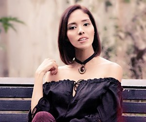 bench, choker, and necklace image