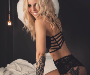 blonde, body, and female image