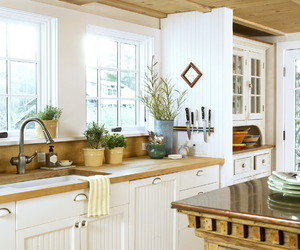 country living, farmhouse style, and interior decorating image