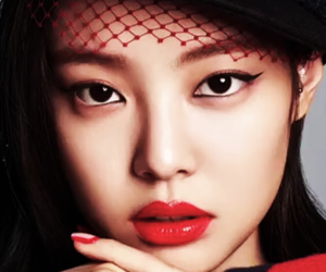 red lips, gourgeous, and jennie kim image