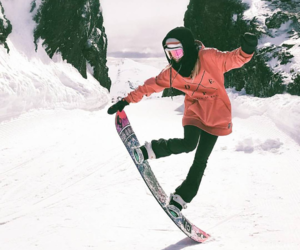 snow, snowboarder, and snowboarding image