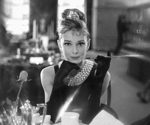 60s, audrey hepburn, and Breakfast at Tiffanys image