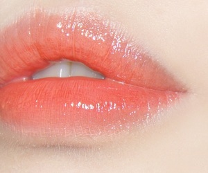 lips, peach, and aesthetic image