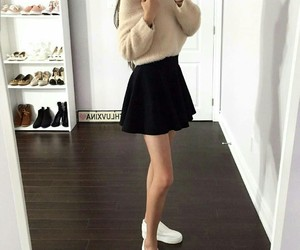fashion, winter, and chic outfits image