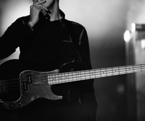 alternative, bass, and the xx image