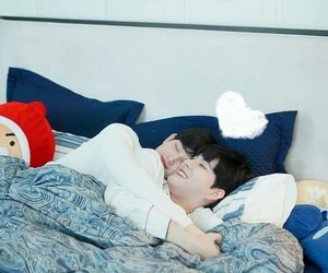 aesthetic, cuddle, and cute couple image