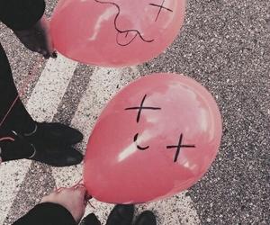 balloons, grunge, and pink image