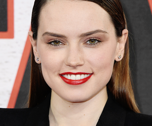 pretty, brunettei, and daisy ridley image