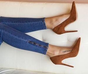 girl, moda, and shoes image