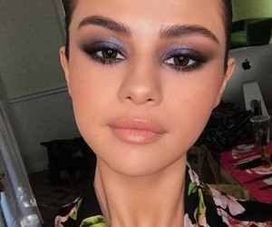 selena gomez, beauty, and selfie image