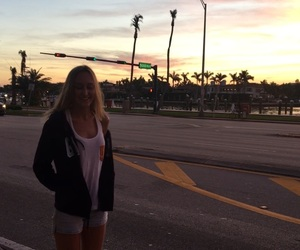 atardecer, Miami Beach, and seacost image
