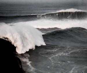 theme, waves, and sea image