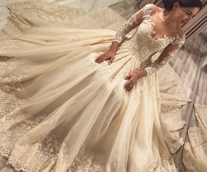 bride, Queen, and wedding day image