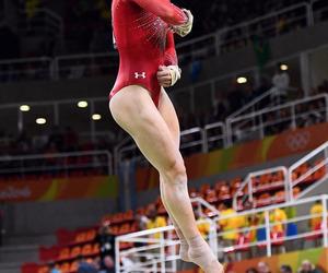 gymnastic and aly raisman image